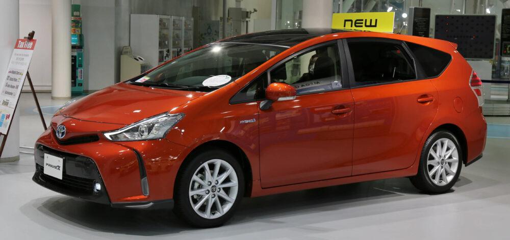 トヨタ プリウスα Sツーリングセレクション 2015年