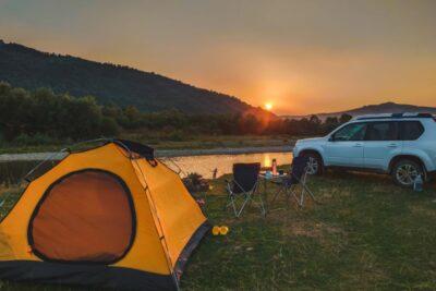 キャンプに最適なおすすめ車ランキングTOP10|重要なのはラゲッジスペース?
