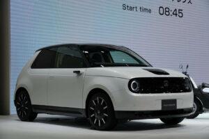 Honda e(ホンダ イー)東京モーターショー2019出展決定!日本発売は2020年内