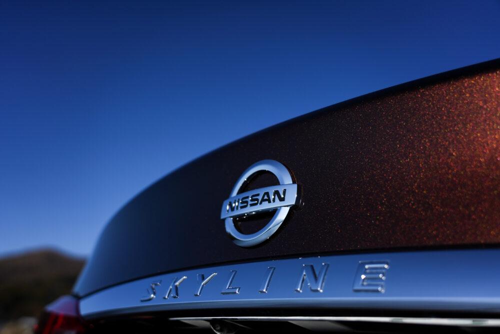 スカイライン GT Type SP ハイブリッド 2WD エンブレム