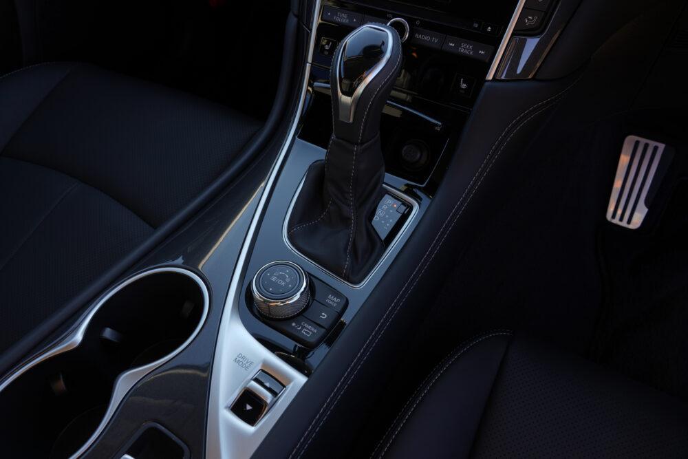 スカイライン GT Type SP ハイブリッド 2WD シフトノブ