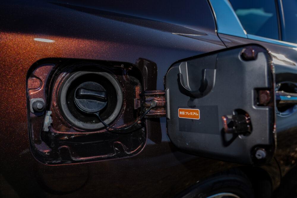 スカイライン GT Type SP ハイブリッド 2WD 給油口