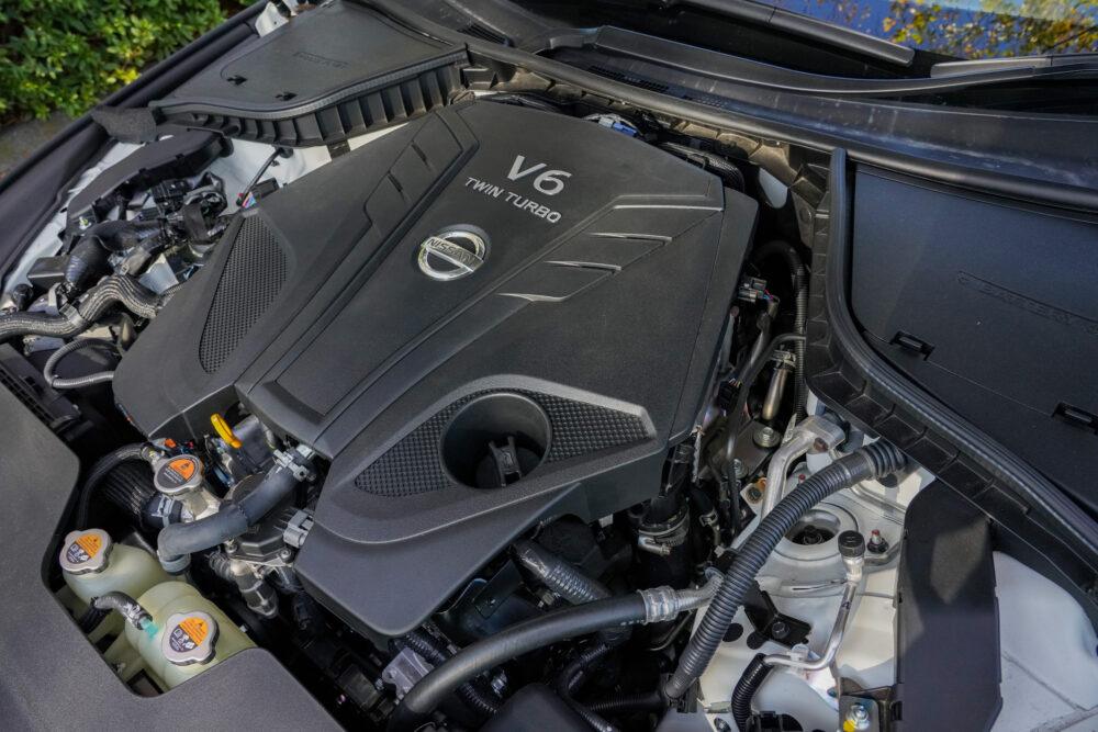 新型 日産 スカイライン 400R エンジン