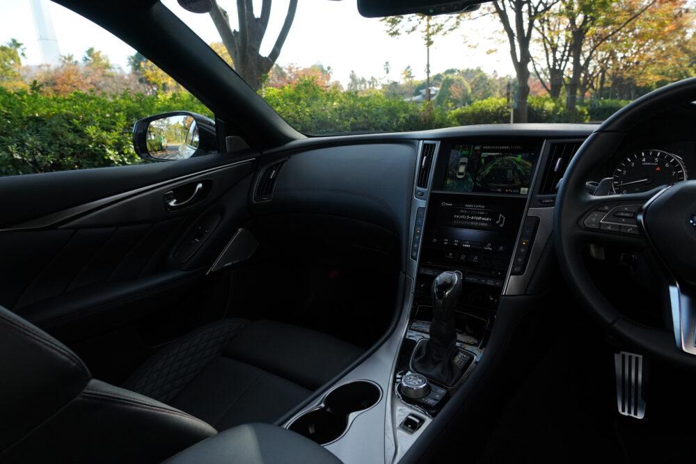 新型 日産 スカイライン 400R 助手席側インパネ