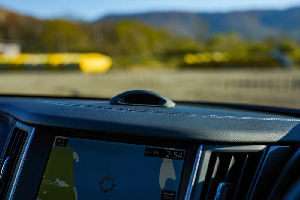 新型日産スカイライン ハイブリッド プロパイロット2.0|ドライバーの目の動きを検知するセンサー