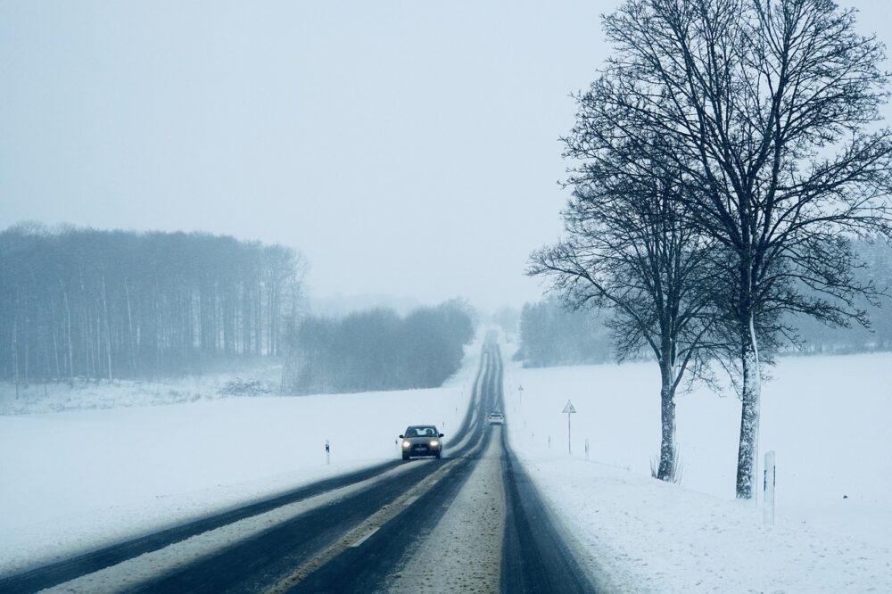 雪道の風景