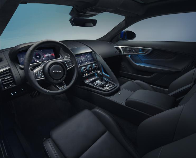 ジャガー 新型Fタイプ 運転席