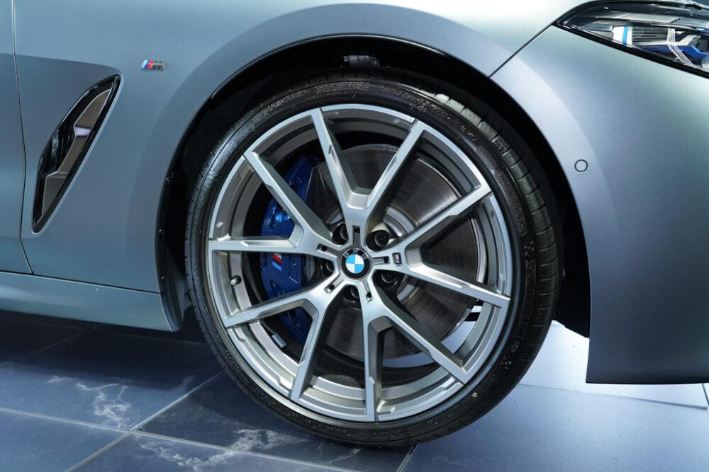 新型BMW 850i グラン クーペのホイール