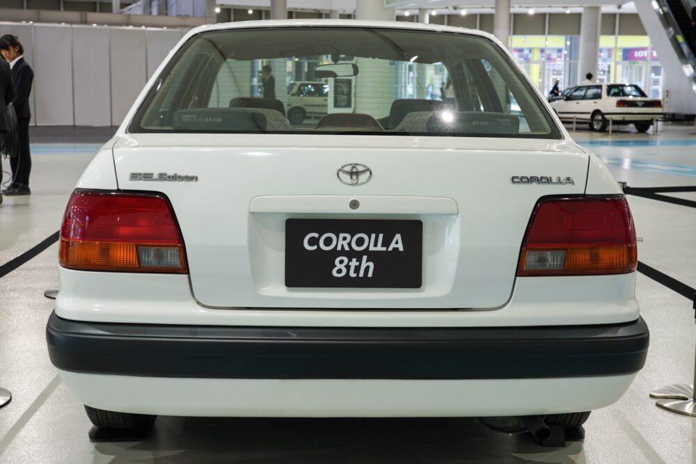 トヨタ カローラ 8代目 110系 リア