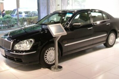 【日産の最高級セダン プレジデント】実燃費や新車&中古車価格からソブリンの評価などすべて