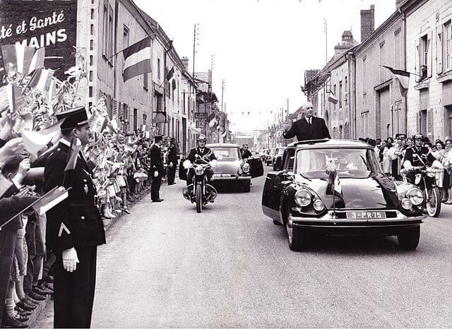 フランス大統領ド・ゴールとシトロエン DS