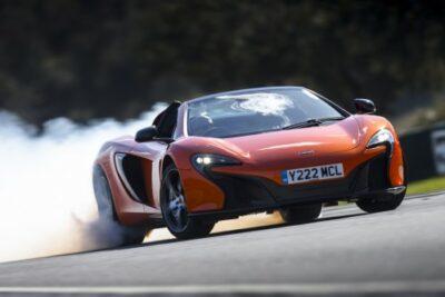 【マクラーレン650Sの重要事項11選】中古車価格とエンジンや維持費&スパイダーの評価も