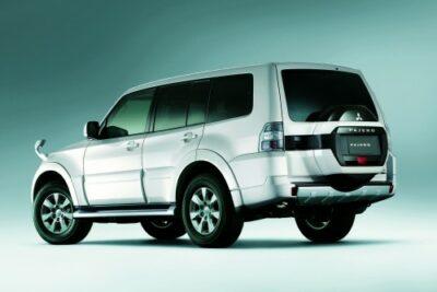 【三菱パジェロはオフロード代表SUV】実燃費やカスタムからディーゼルの評価なども