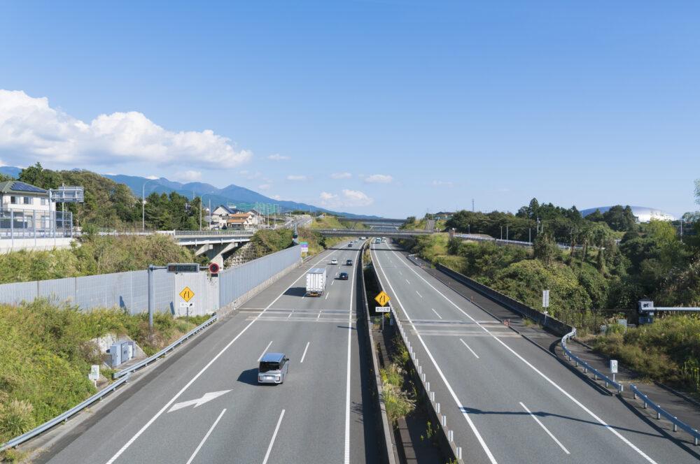 新東名高速道路の画像