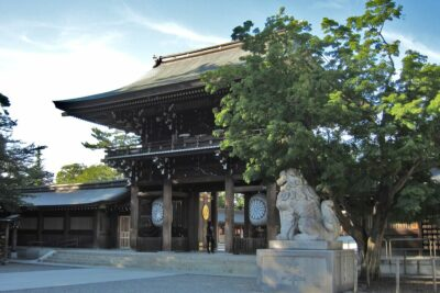 八方除の寒川神社(神奈川県)周辺駐車場【安い順】おすすめ10ヶ所