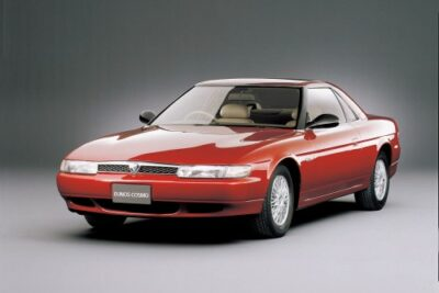【ユーノス コスモ】加速は最高で燃費は最低!20Bエンジン搭載の中古車価格も