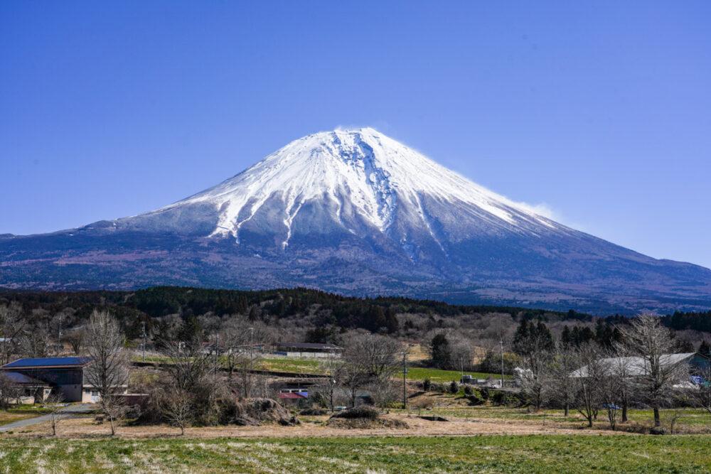 大沢崩れが見える富士山