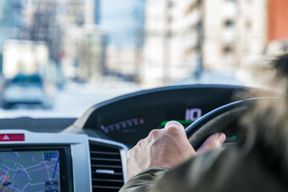 安全運転するドライバー