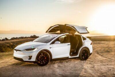 テスラの新型SUV「モデルX」を徹底解説!価格・特徴・予約金など最新情報まとめ