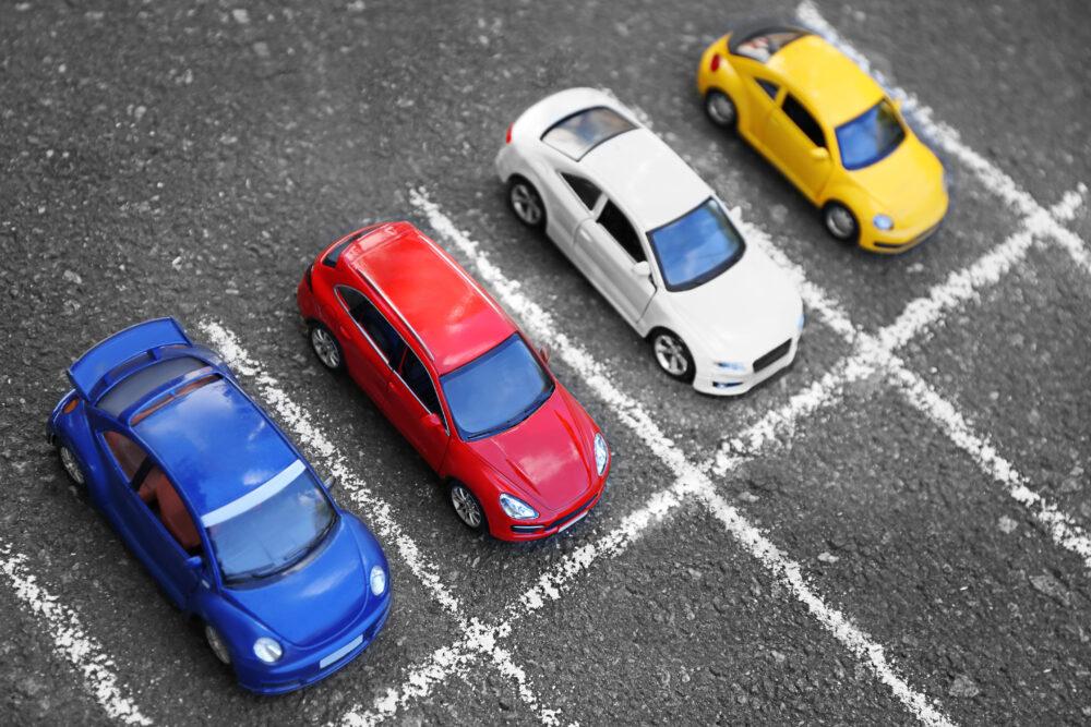 おもちゃの車 駐車場