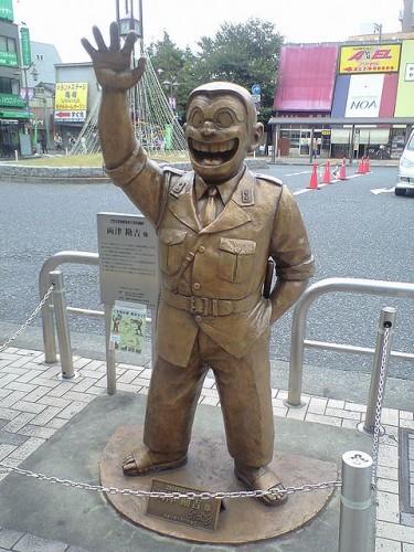 両さん 銅像