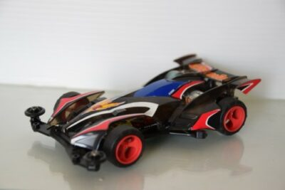 【ミニ四駆改造】基本的な方法やシャーシ&モーターの改造例から最速セッティングまで