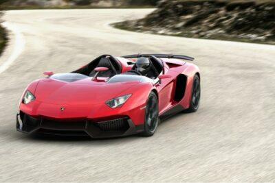 【自動車の歴史】ランボルギーニの歴史、ルーツと車種の特徴を知ろう!