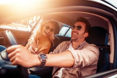 運転用サングラスおすすめ人気15選!偏光サングラスや夜間運転は違反になる?
