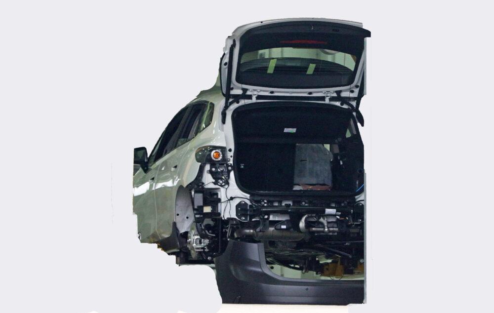次期新型BMW 2シリーズ アクティブツアラー 工場からの流出画像