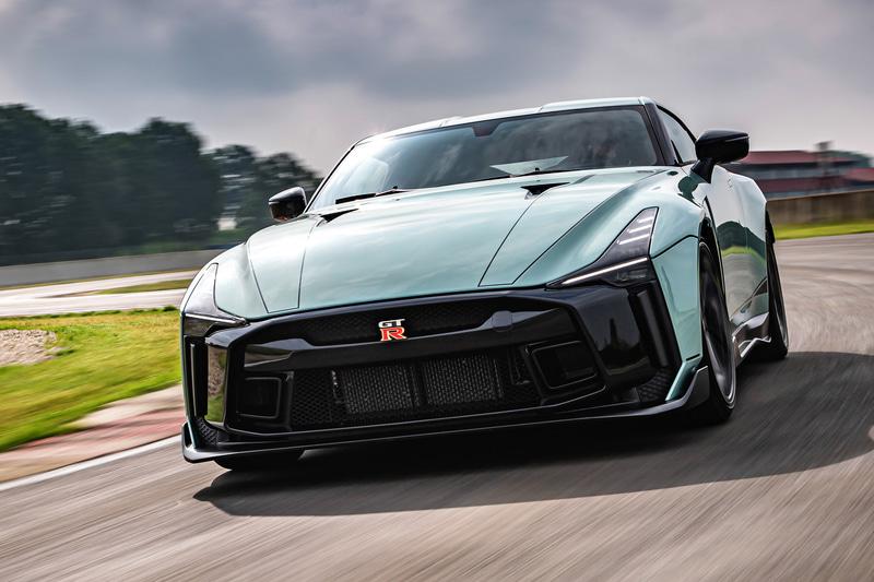 日産 GT-R 50 by イタルデザイン 市販型 フロント