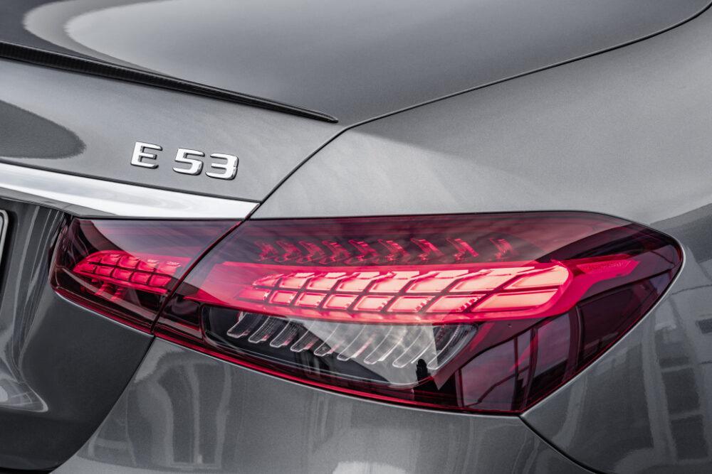 新型Eクラス セダン(E53)のリアライト。