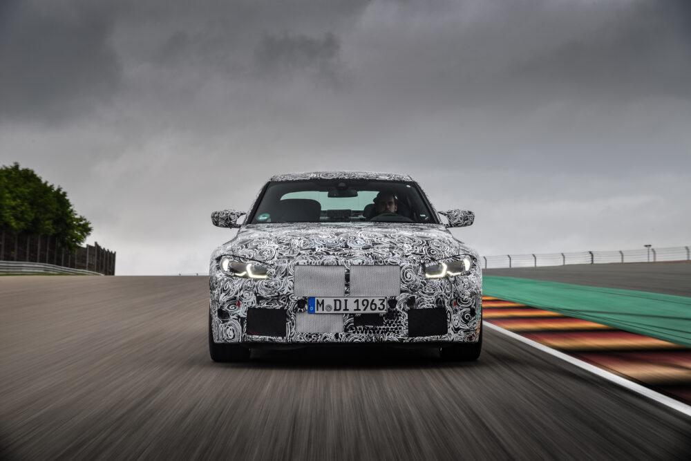 次期新型 BMW M4クーペ 公式リーク フロント