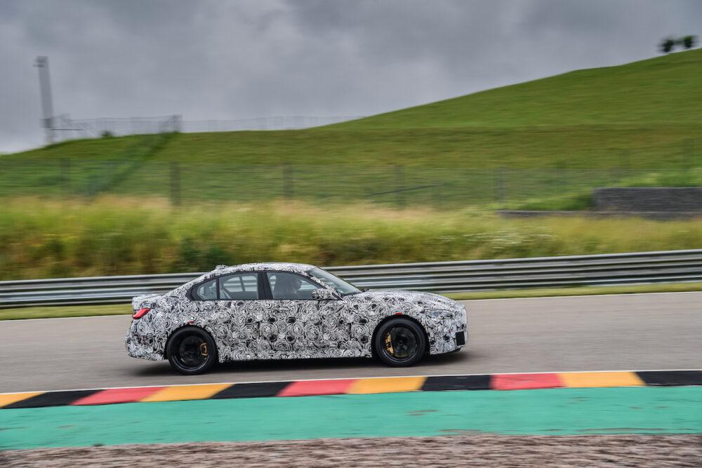 次期新型 BMW M4セダン 公式リーク ボディサイド
