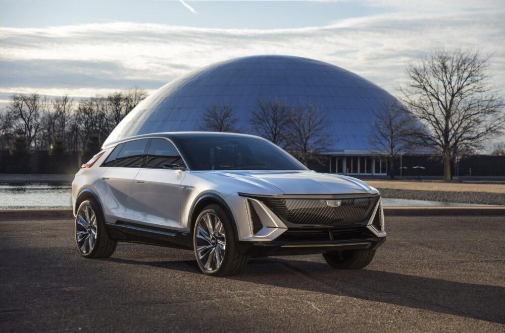 キャデラック新型EV/SUV「リリック」デビュー!GM全車電動化へ。ホンダのEVと共同開発も