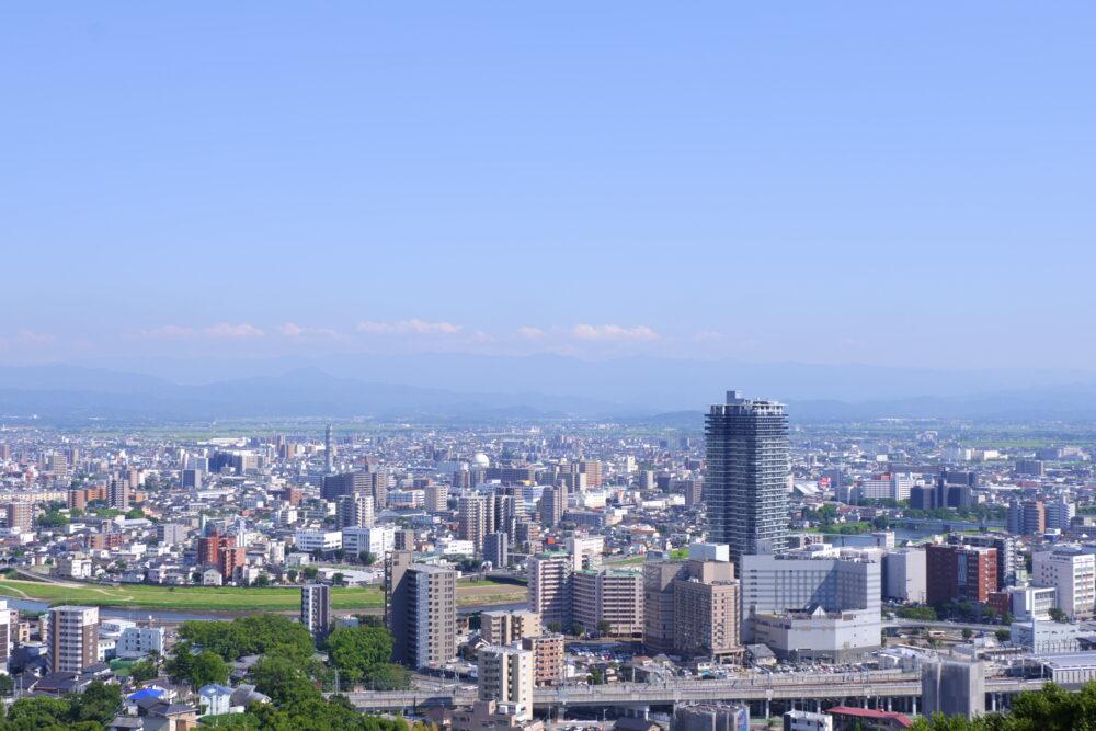 花岡山頂上から観た熊本駅周辺の風景