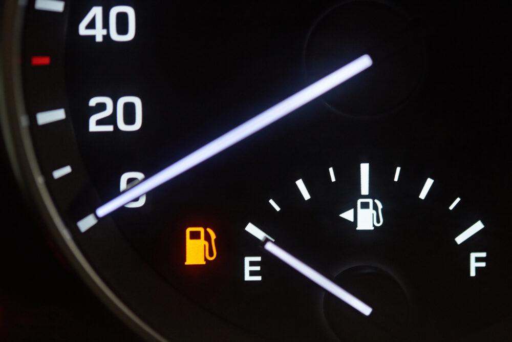 燃料残量の警告灯