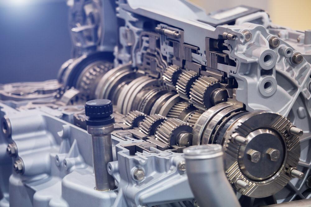 エンジン内部のトランスミッション