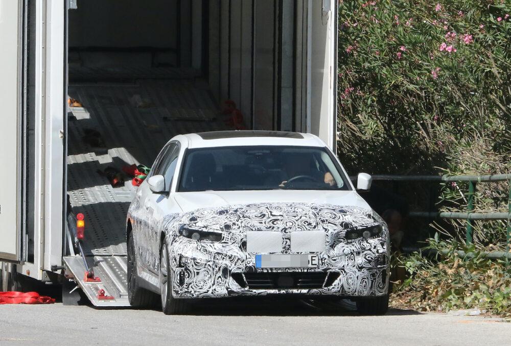 新型 BMW 3シリーズ(i3)プロトタイプ スパイショット フロント
