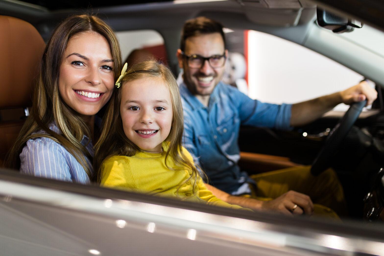 【保存版】ファミリーカーの選び方!子供や親など家族構成別おすすめ車種 2020年最新情報