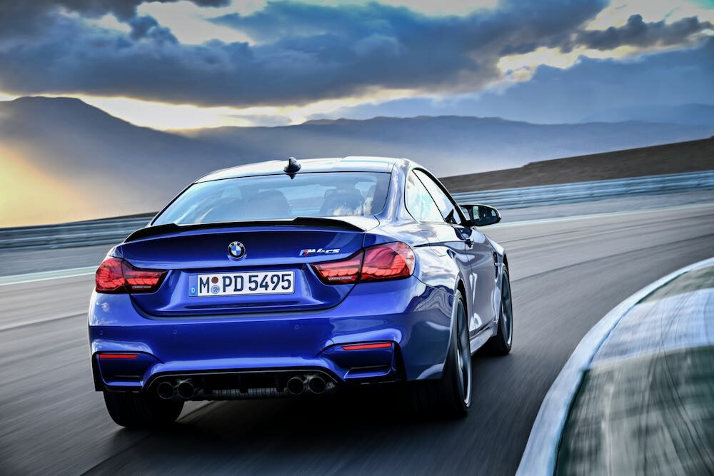 BMW M4 CS 現行モデル