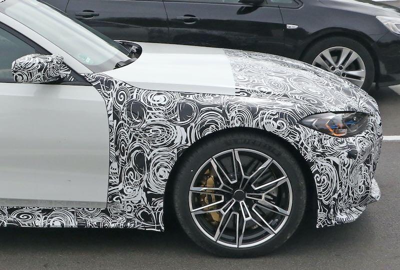 次期新型 BMW M3 プロトタイプ スパイショット フロントフェンダー
