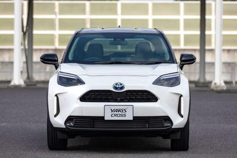 トヨタ新型ヤリスクロスのカタログ燃費&実燃費 ライバル車と比較