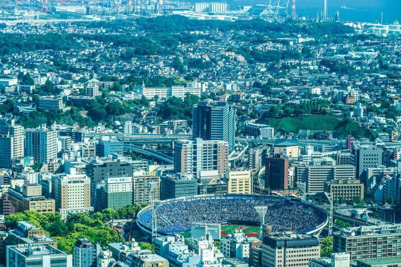 上空から撮影した横浜スタジアム