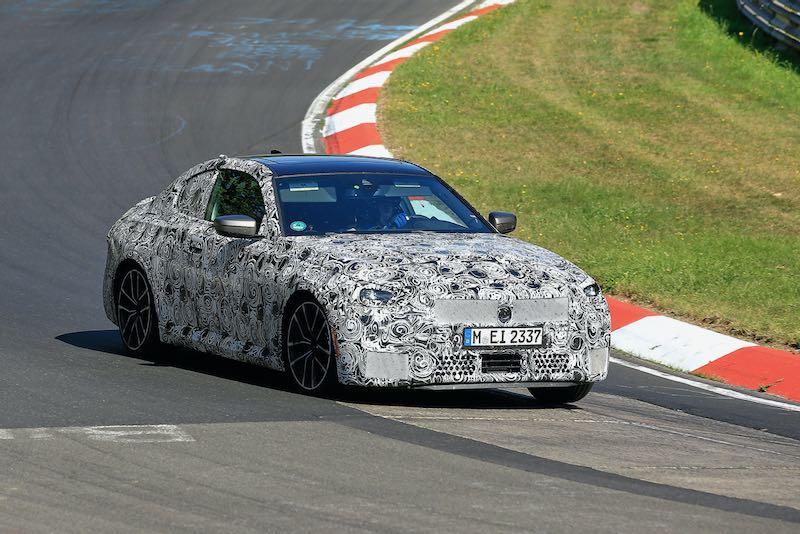 次期新型BMW 2シリーズ クーペ M240i プロトタイプ スパイショット フロントサイド