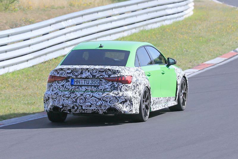 次期新型 アウディ RS3 セダン プロトタイプ スパイショット リア