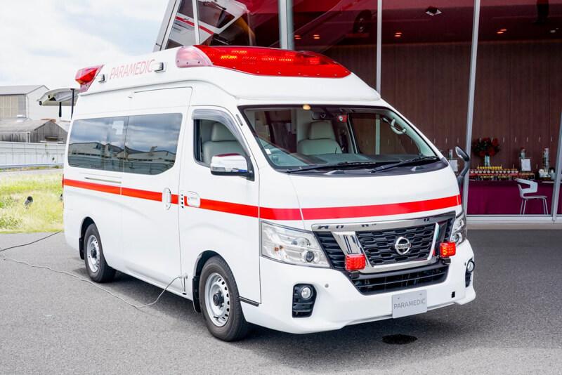 日産 パラメディック「救急車」