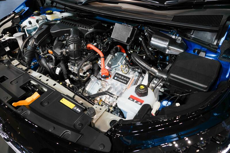日産 ノート 新型 3代目e-POWER エンジンルーム