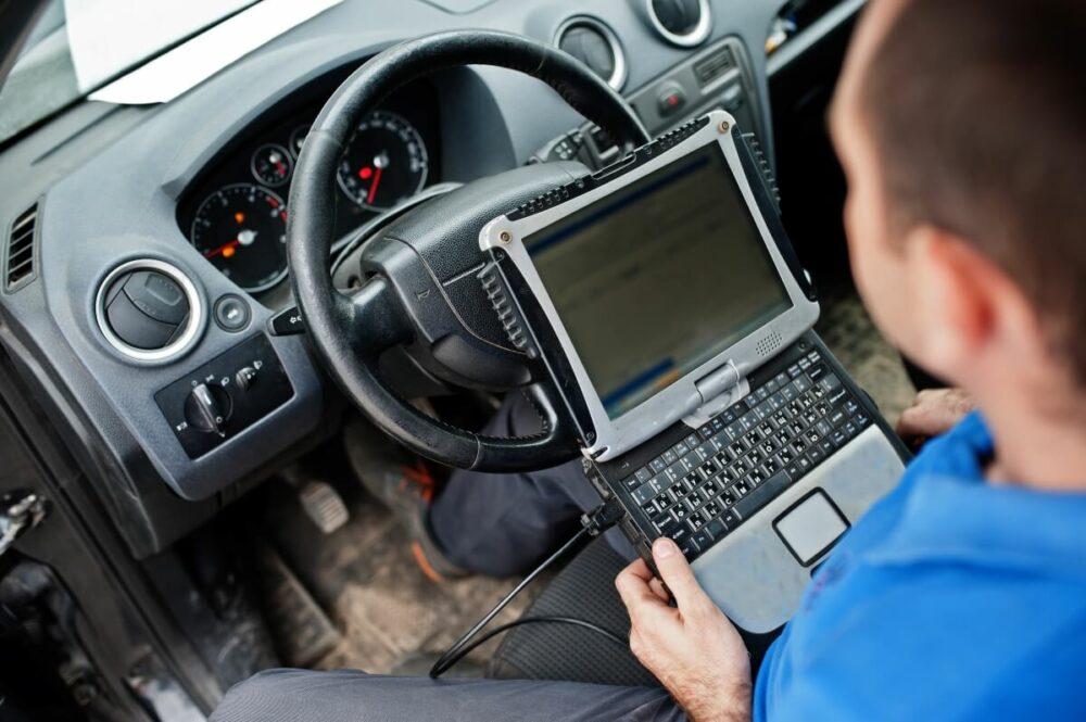 今一番危険な車両盗難手口・CANインベーダーとは?仕組みと対策方法