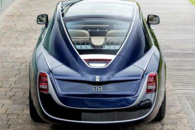 本物のお金持ちしか乗れない車ランキングTOP10|石油王級のVIPカー