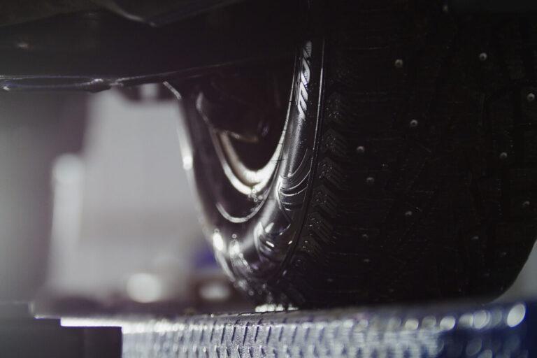 新型ランクル300系にまたもやリーク情報!6穴ホイール復活&JBL搭載?